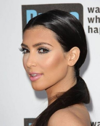 kim kardashian without makeup and weave. her makeup is always hot,