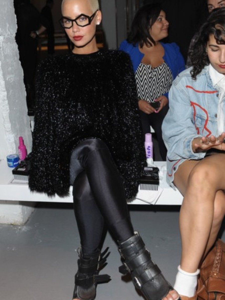 Amber-Rose-Attends-Pam-Hogg-Spring-Summer-Fashion-Show3