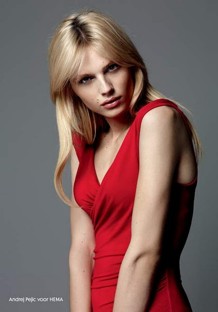 andrej-pejic-push-up-bra-ad