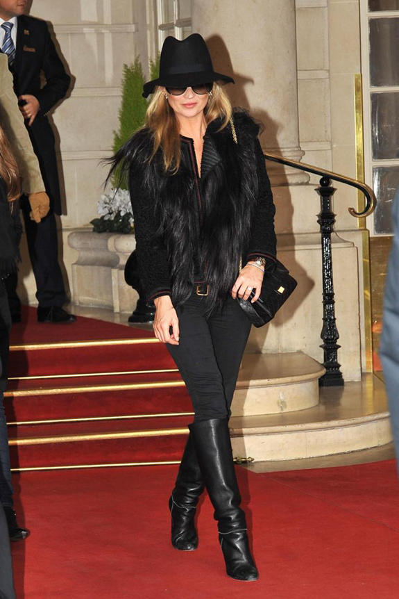 kate moss all black hat