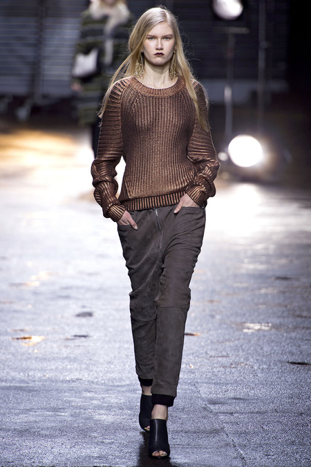 31-phillip-lim-fall-2013-31