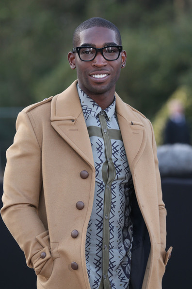 tinie-tempah-burberry-prorsum-fall-2013-fashion-show-london-fashion-week-burberry-prorsum-woodcut-print-shirt