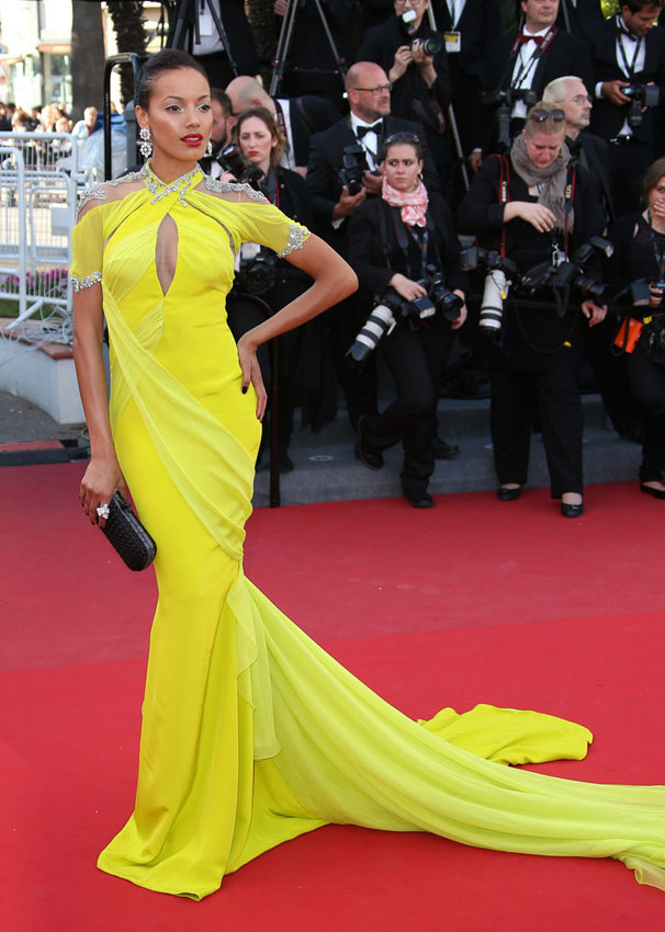 Hot-or-Hmm-Selita-Ebanks-66th-Annual-Cannes-Film-Festival-Blood-Ties-Premiere-Cadena  Gabriela-Yellow-Gown