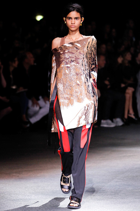 23  givenchy spring 2014