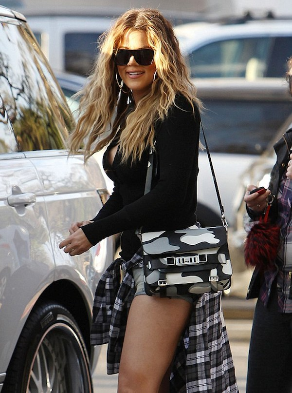 Khloe Kardashian showed off her toned body for lunch with her family in Westlake Village