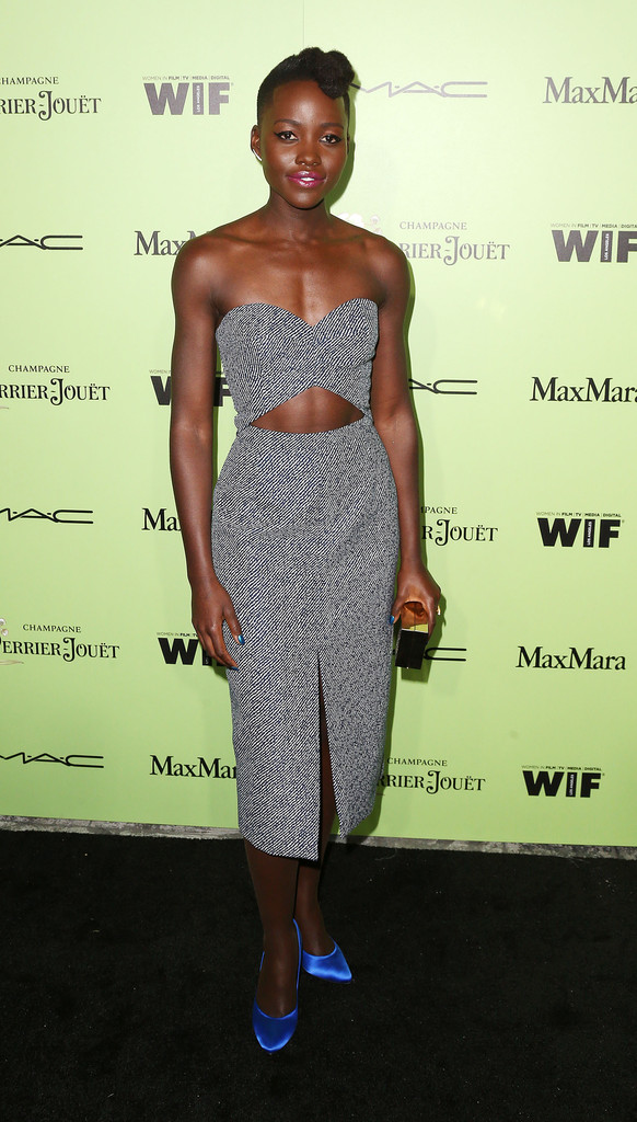 lupita-nyongo-women-in-film-pre-oscar-cocktail-party-michael-kors-dress-pedro-garcia-pumps-2