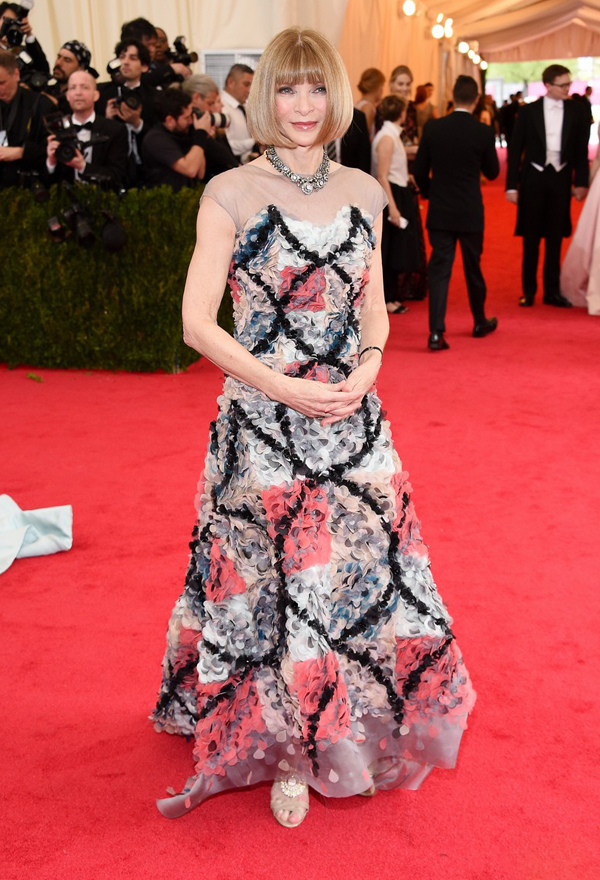 anna-wintour-met-ball-2014-01-chanel-gala