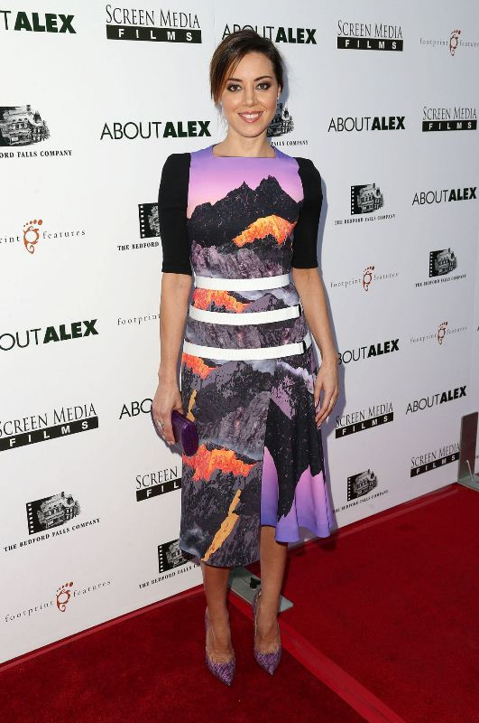 aubrey-plaza-about-alex-premiere-west-hollywood-peter-pilotto-fall-2014-dress