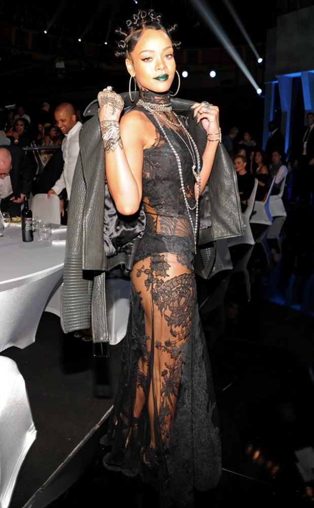 9 Kim Kardashian vs. Rihanna in Givenchy's Fall 2008 Haute Couture Lace Look and Leather Jacket