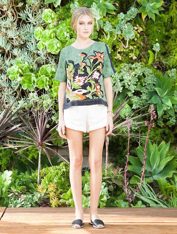 Beyonce's Nice Burning Torch Green Imperial Top, Topshop Folk Print Shorts, and Kurt Geiger 'Bond' Pointed Toe pumps  0