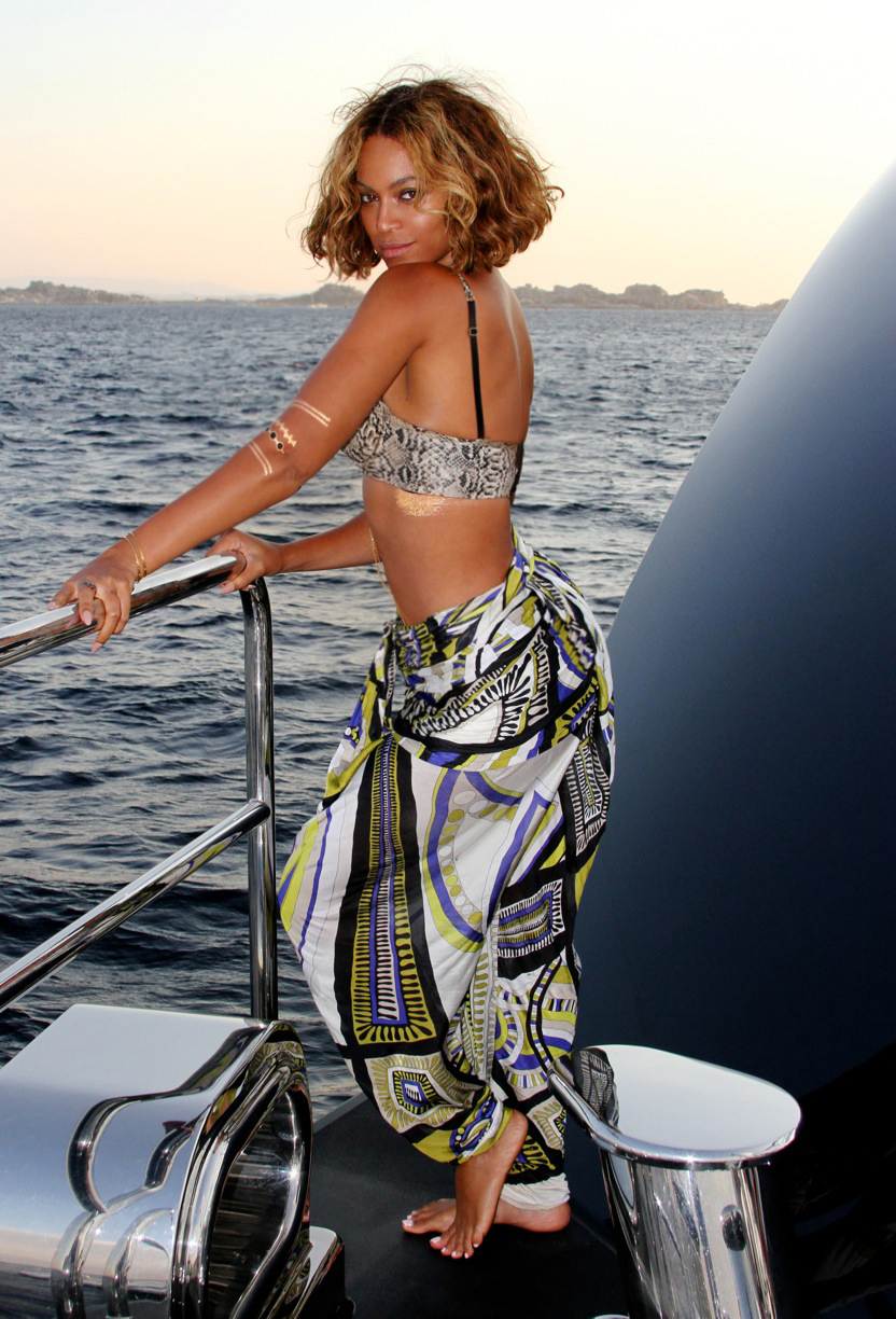 Beyonce's Yacht Emilio Pucci Mulicolored Harem Pants