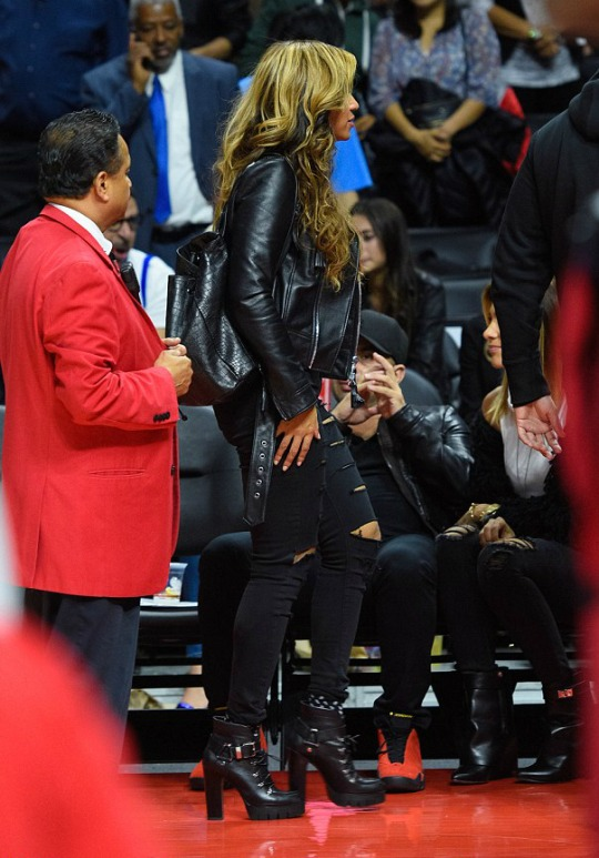 888 Beyonce's Nets Game Virgil Abloh Off White Fall 2014 Black Leather Biker Jacket 9