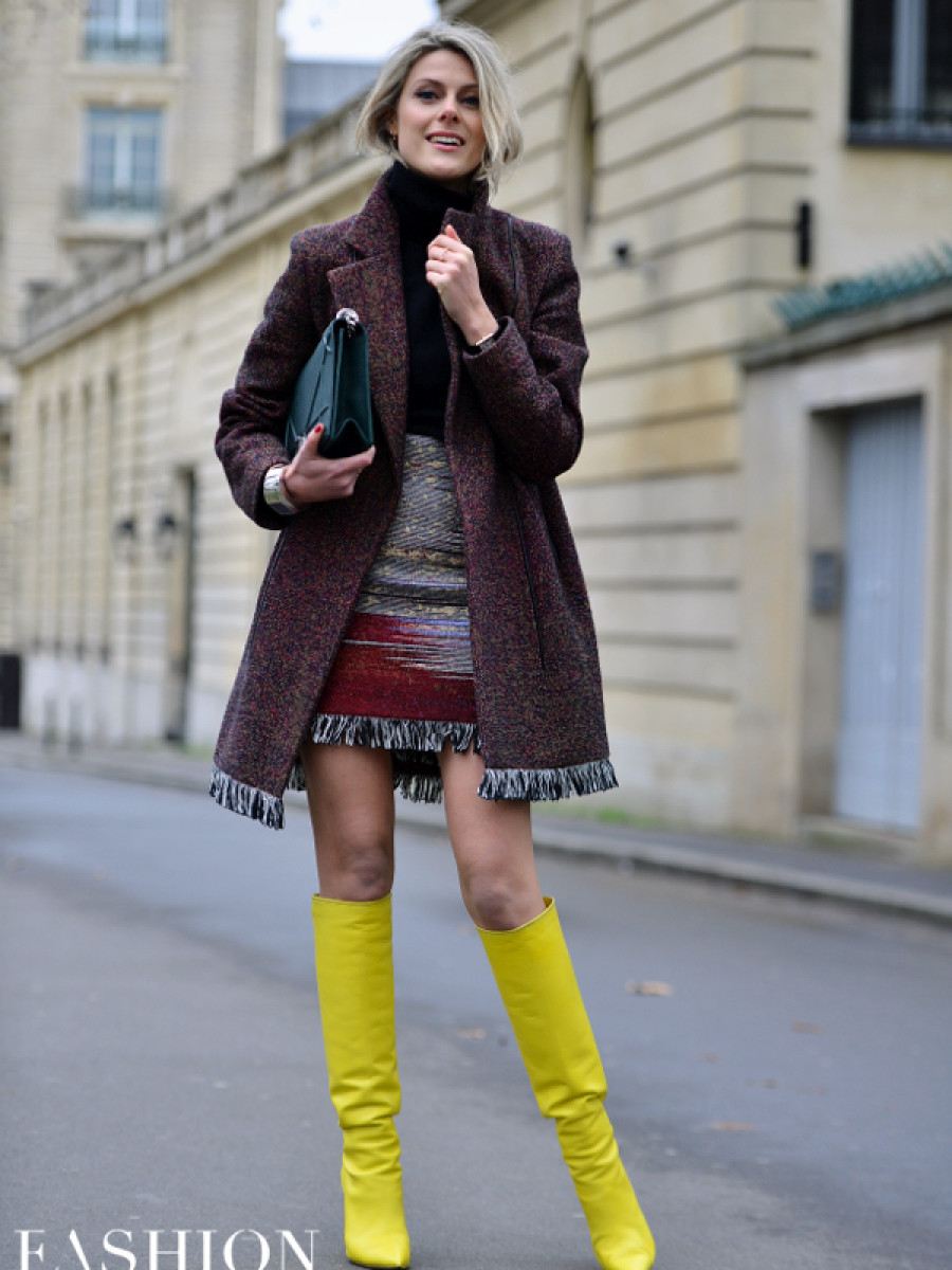 Bright yellow boots added a jolt of color to this berry, fringed ensemble. Hot! Image by David Nyanzi