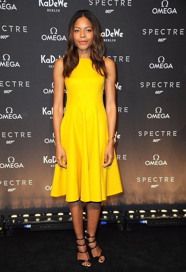 Naomie+Harris+Spectre+German+photocall-berlin-michael-kors