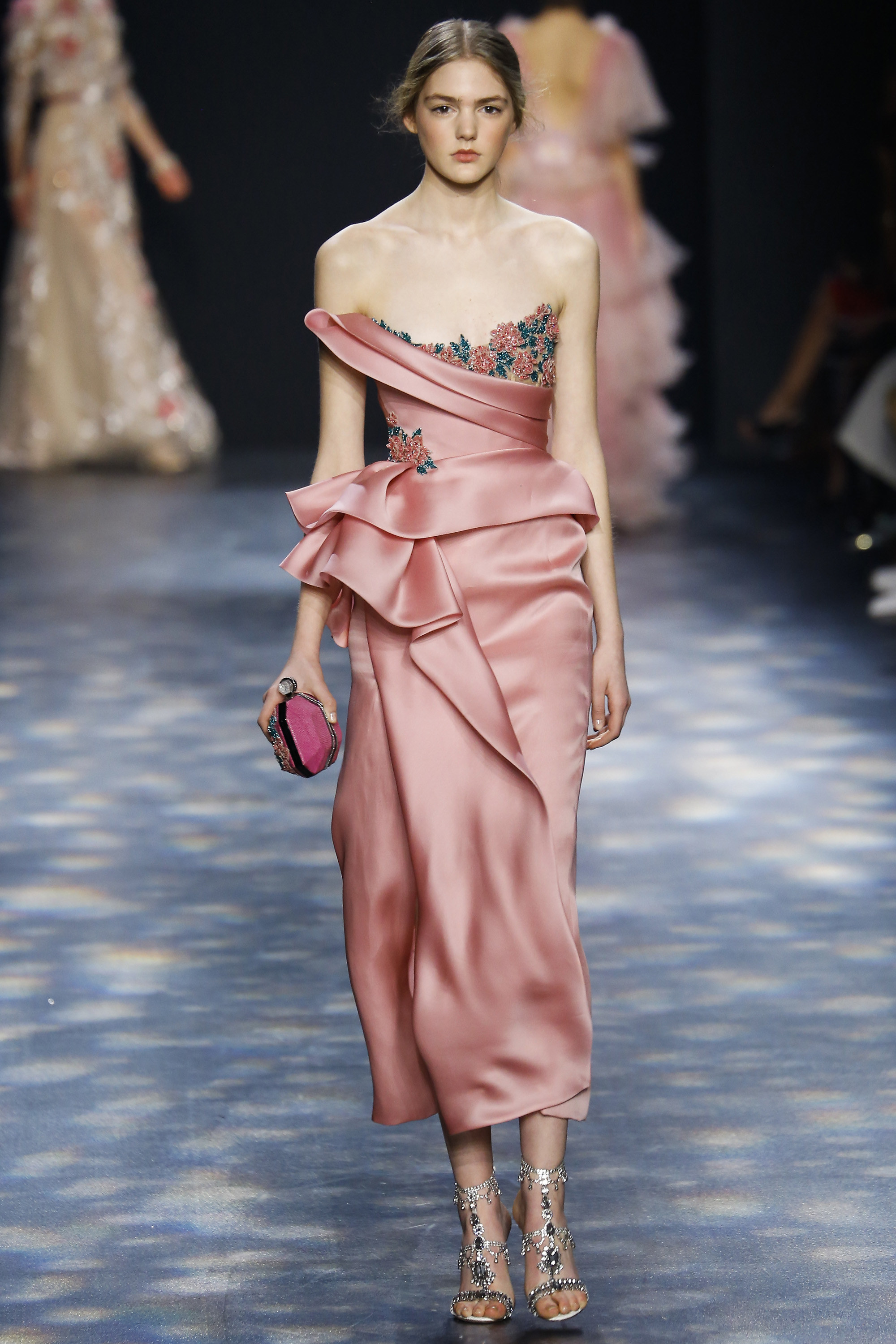Show Review: Marchesa Fall 2016 Ready-to-Wear - Fashion Bomb Daily ...