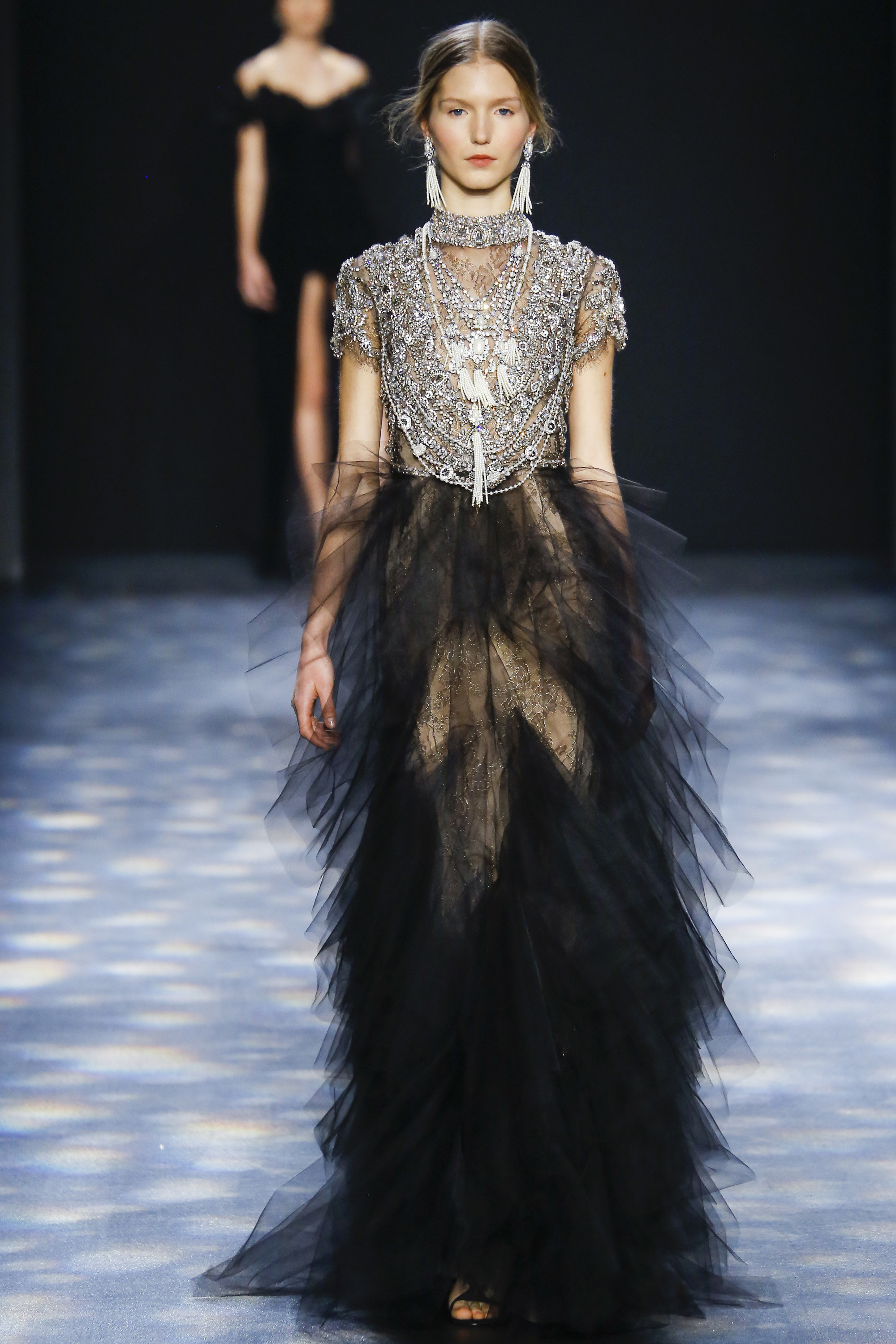 7e746cf34d Show Review: Marchesa Fall 2016 Ready-to-Wear – Fashion Bomb Daily ...