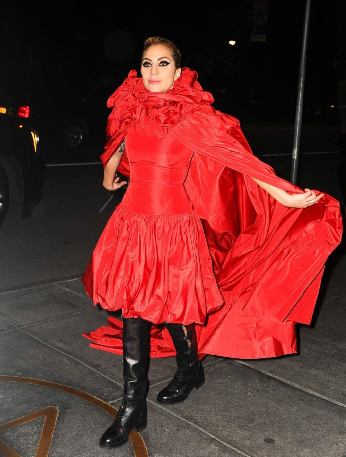 Hot Or Hmm Lady Gaga S New York City Valentino Couture