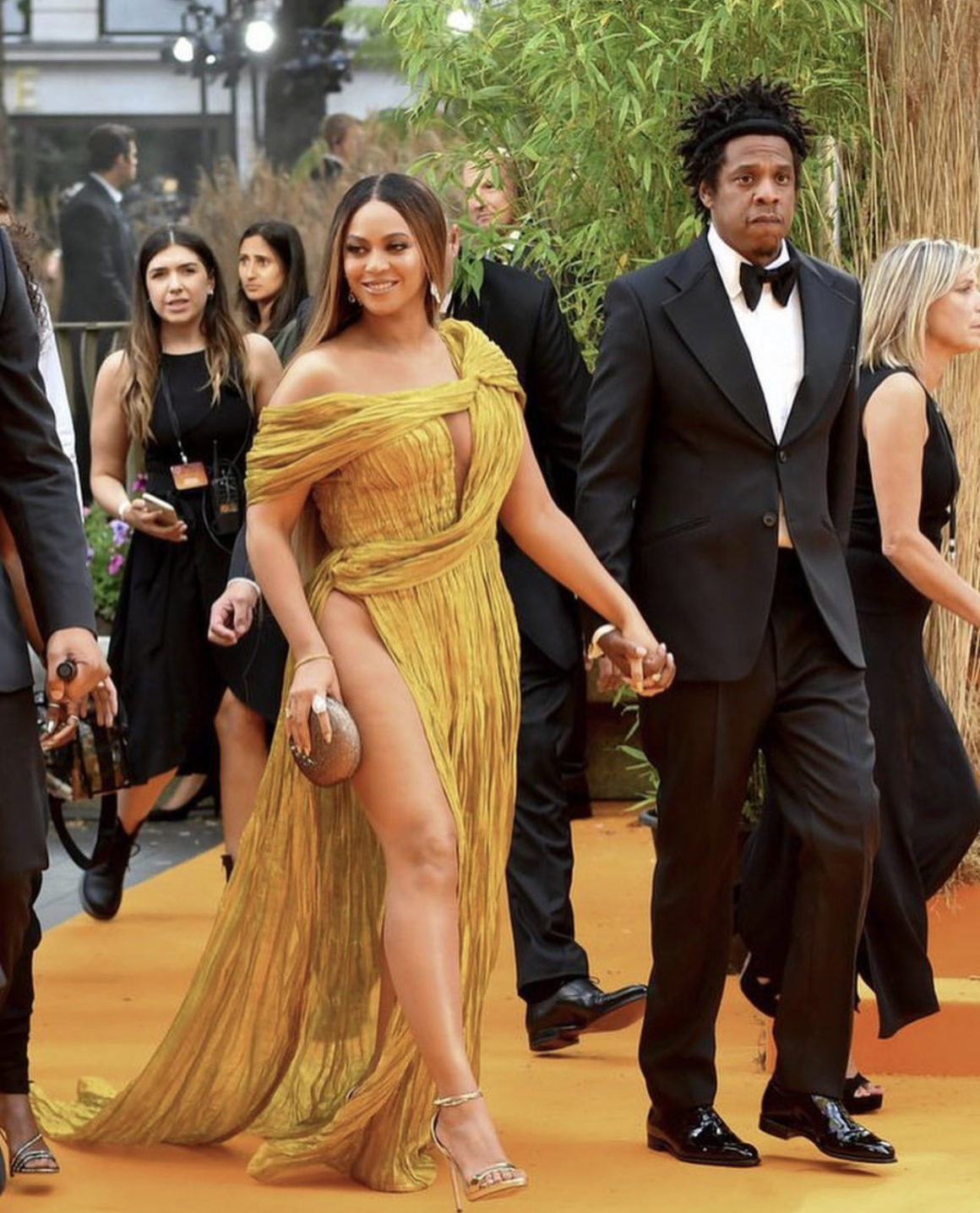 Beyonce Was a Golden Goddess In A Cong Tri Gown At The UK Premiere of The Lion King
